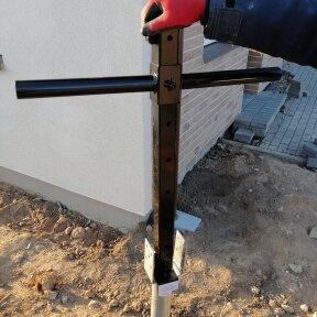 Rankinio sraigtinių pamatų montavimo įrankio nuoma (1 d.d.)
